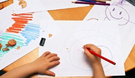 PIOSSASCO - Aumentano i costi del pre e post scuola infanzia, le proteste dei genitori