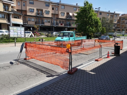 TROFARELLO - Le buche su via Torino causate da una tubatura dellenergia elettrica