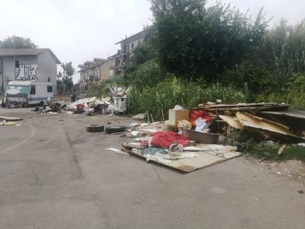 MONCALIERI - Chiuso il campo nomadi del Colombetto: area servizi al suo posto