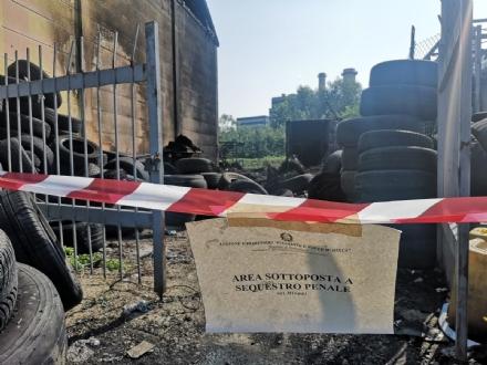 MONCALIERI - Dopo il rogo, il furto: non cè pace per lofficina di strada Carignano