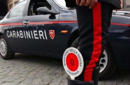 ORBASSANO - Auto a fuoco in via Di Nanni: indagano i carabinieri
