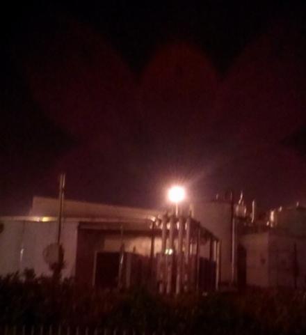 ORBASSANO - Incendio alla ex Servizi Industriali nella notte: aria irrespirabile per ore