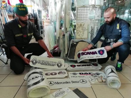 ORBASSANO - La guardia di finanza scopre una vera e propria industria dei pezzi di ricambio taroccati