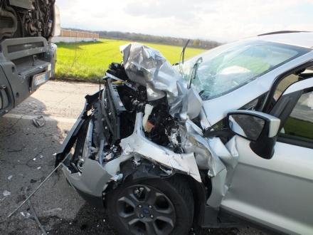 VINOVO - Grave incidente al confine con Candiolo: un ferito