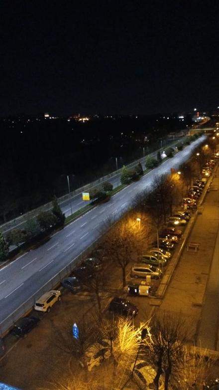 CORONAVIRUS - Tutto chiuso alla sera, strade deserte. Paesaggi fantasma, ma cè ancora chi non vuole capire