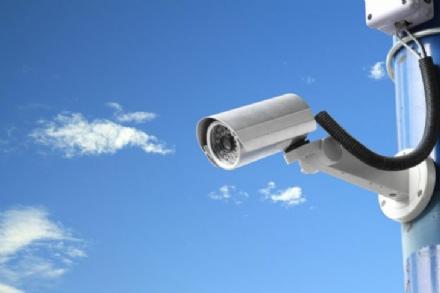 MONCALIERI - Polemica tra Comune e borgate sul piano telecamere