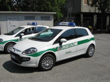 BEINASCO - Incidente stradale in via Torino, ferito lo scultore Alligo
