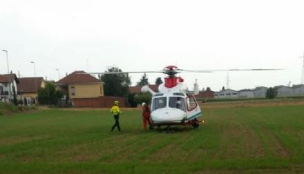 MONCALIERI - Scontro auto-moto in strada Marsè: centauro grave in ospedale
