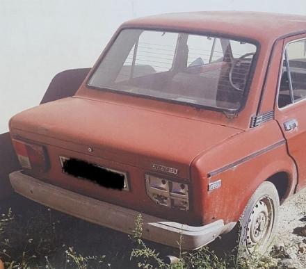 LA LOGGIA - Allarme per le troppe auto abbandonate o senza assicurazione