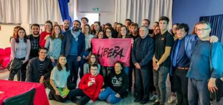 MONCALIERI - Don Luigi Ciotti con gli studenti per parlare di legalità