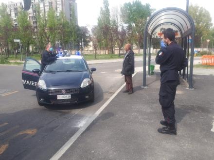 BEINASCO - Il pensionato vuole prendere lautobus senza motivo: arrivano i carabinieri