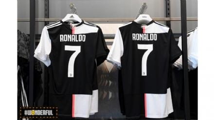 CALCIO - A Mondojuve il nuovo store della Juventus