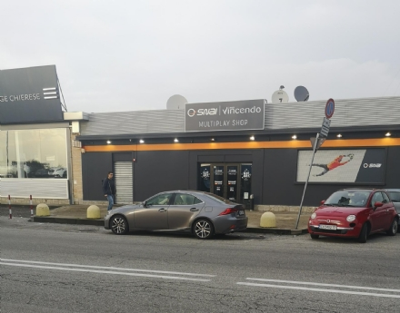 MONCALIERI - Rapina alla sala scommesse di corso Savona: dipendente minacciata