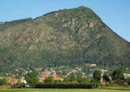 PIOSSASCO - Minaccia di volersi suicidare ma passeggiava in città: fermata dai carabinieri
