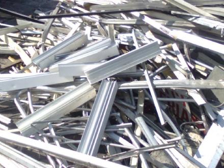 CRONACA - Ladri di metalli in azione in due aziende di Nichelino e Vinovo