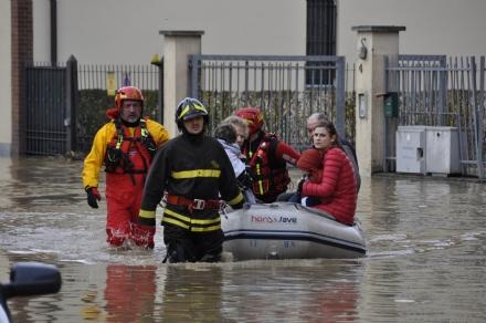MONCALIERI - Alluvione, arrivano i soldi per i cittadini