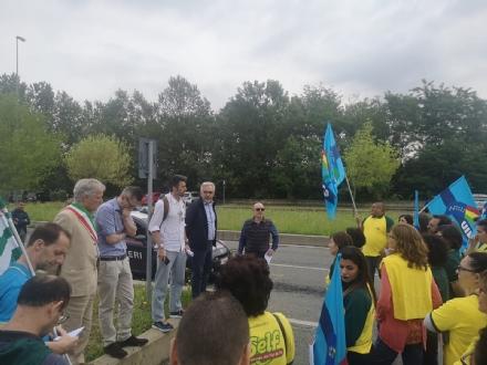 RIVALTA - Incontro tra sindacati e dirigenza BricoSelf: chieste tutele per i lavoratori