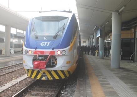 TORINO SUD - Coronavirus, corse ridotte di treni e bus in tutto il Piemonte