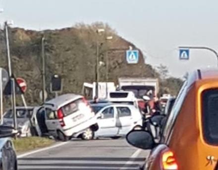 RIVALTA - Incidente in strada San Luigi: una persona in ospedale
