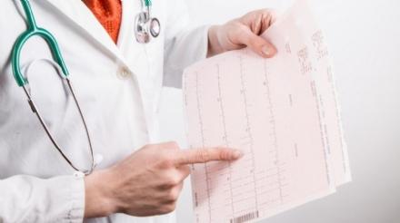 COVID - Meno ricoveri e più assistenza a casa dei malati