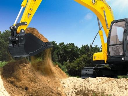 CARMAGNOLA - Rubano un escavatore in un cantiere edile