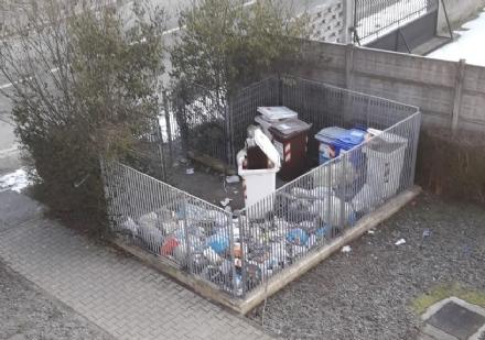 MONCALIERI - Larea ecologica è una discarica e la Borgata scrive allufficio digiene