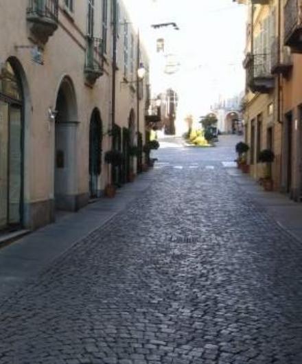 MONCALIERI - Da lunedì chiusa tutta via San Martino per lavori
