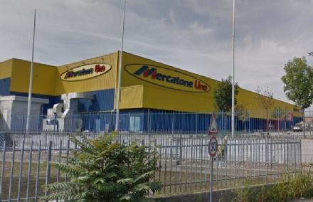 BEINASCO - Mercatone Uno sarà venduto a un unico soggetto