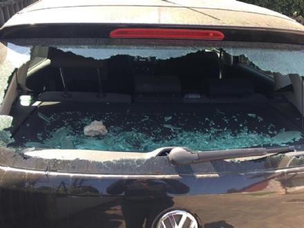 RIVALTA - Vandali scatenati prendono di mira le auto in zona Aurora