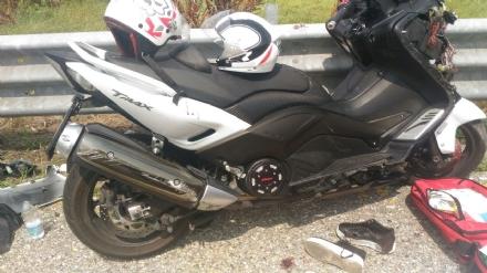 ORBASSANO - Incidente in tangenziale: due motociclisti ricoverati in condizioni serie al San Luigi