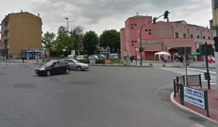 NICHELINO - Arriva il vista-red allincrocio tra via Torino e via XXV Aprile