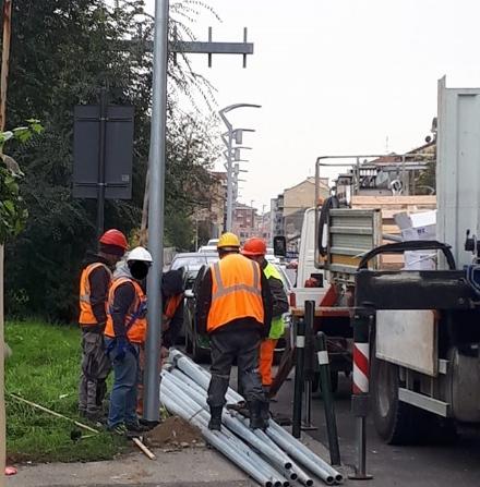 MONCALIERI - In via Sestriere addio alle vecchie luci pubbliche: arrivano i led - TorinoSud