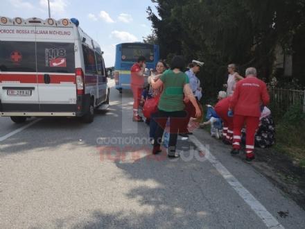 LA LOGGIA - Terribile incidente bus contro camion: una decina di feriti - FOTO