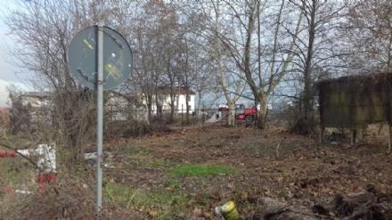 VINOVO - Partono i lavori di bonifica alla struttura abbandonata vicino allippodromo