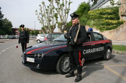 CARMAGNOLA - Mostra le parti intime a una minorenne: arrestato