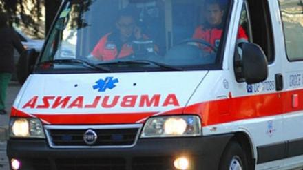 MONCALIERI - Frontale tra unauto e una moto: centauro grave in ospedale