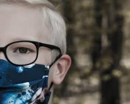 CARMAGNOLA - Lassessore Cammarata scrive al Governo: Stop alle mascherine ai bimbi delle primarie