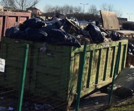 CARMAGNOLA - Caro rifiuti: task Force del Comune contro la cattiva raccolta differenziata delle scuole