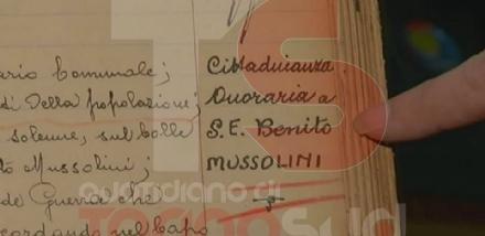 NICHELINO - Il Pd toglie la cittadinanza onoraria a Mussolini e sui social è bagarre