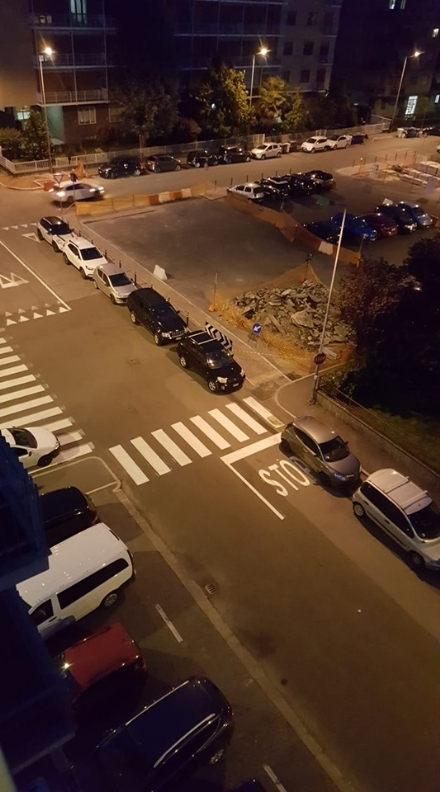MONCALIERI - Continua il problema del parcheggio selvaggio in diverse zone della città