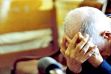 MONCALIERI - Tenta la truffa, ma perde il portafogli in casa della vittima: arrestato