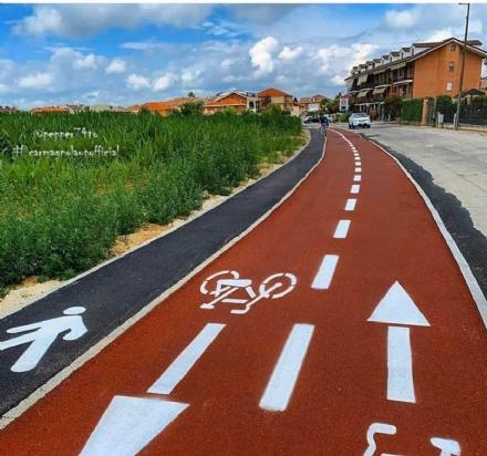 CARMAGNOLA - Taglio del nastro per la nuova pista ciclabile fino a San Giovanni
