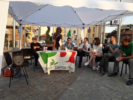 NICHELINO - Incontro pubblico marchiato Pd per parlare di futuro