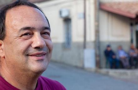 NICHELINO - Lex sindaco di Riace, Mimmo Lucano, sabato ospite in città