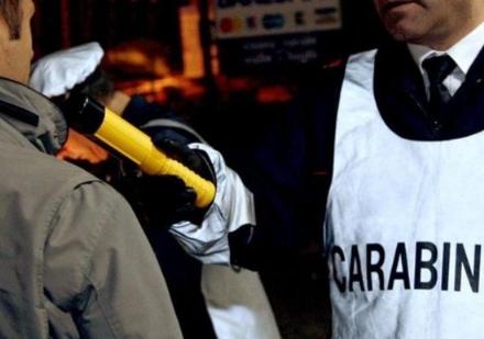 ORBASSANO - Entra dai carabinieri per denunciare un pirata, ma era ubriaco