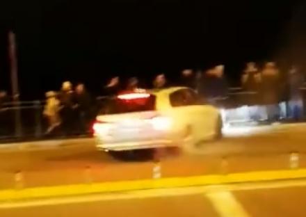 NICHELINO - Perde il controllo della macchina alluscita del raduno tuning: un ferito