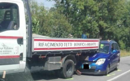 ORBASSANO - Ancora un brutto incidente sulla Orbassano-Stupinigi: due feriti in ospedale