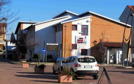 CANDIOLO - Rigava auto fuori dal Village, denunciato trentenne