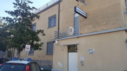 TROFARELLO - Va in caserma per lobbligo di firma e picchia un carabiniere: arrestato