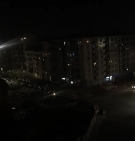 VIRUS - Dalla Tombola alla piazza-discoteca: i balconi continuano a tirare su il morale di chi è a casa